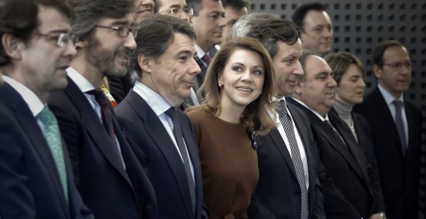 politicos_en_fila